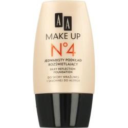 AA Make Up No 4 Jedwabisty podkład rozświetlający 30 ml